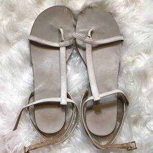🌙 $5 deal Ivory sandals size 7 LOFT